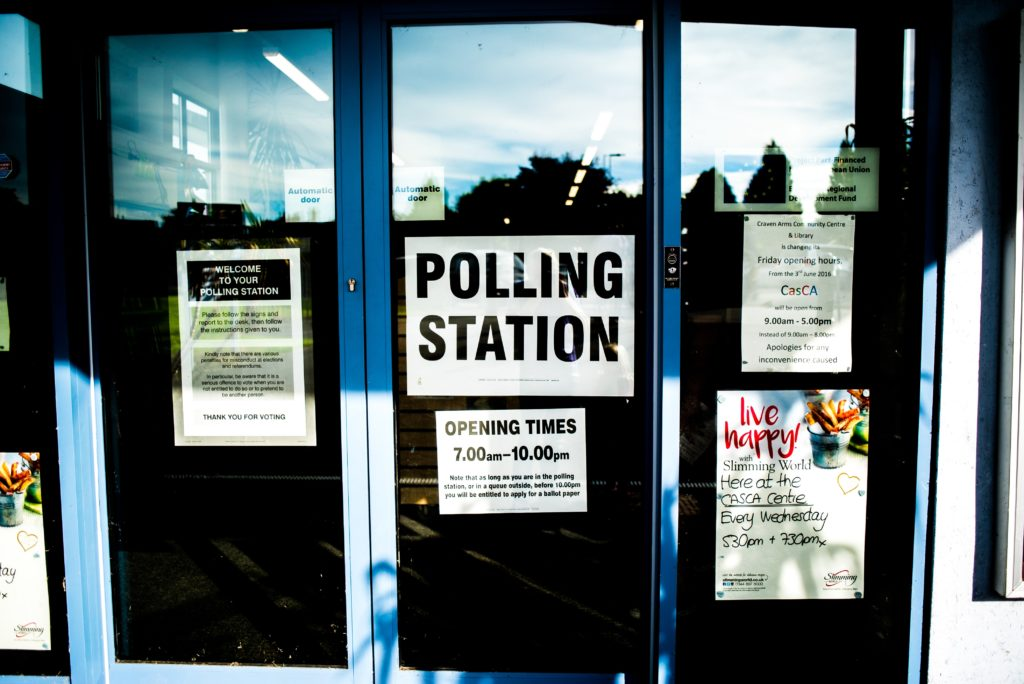 Photograph of a polling station.